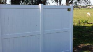 8'H vinyl fence florida