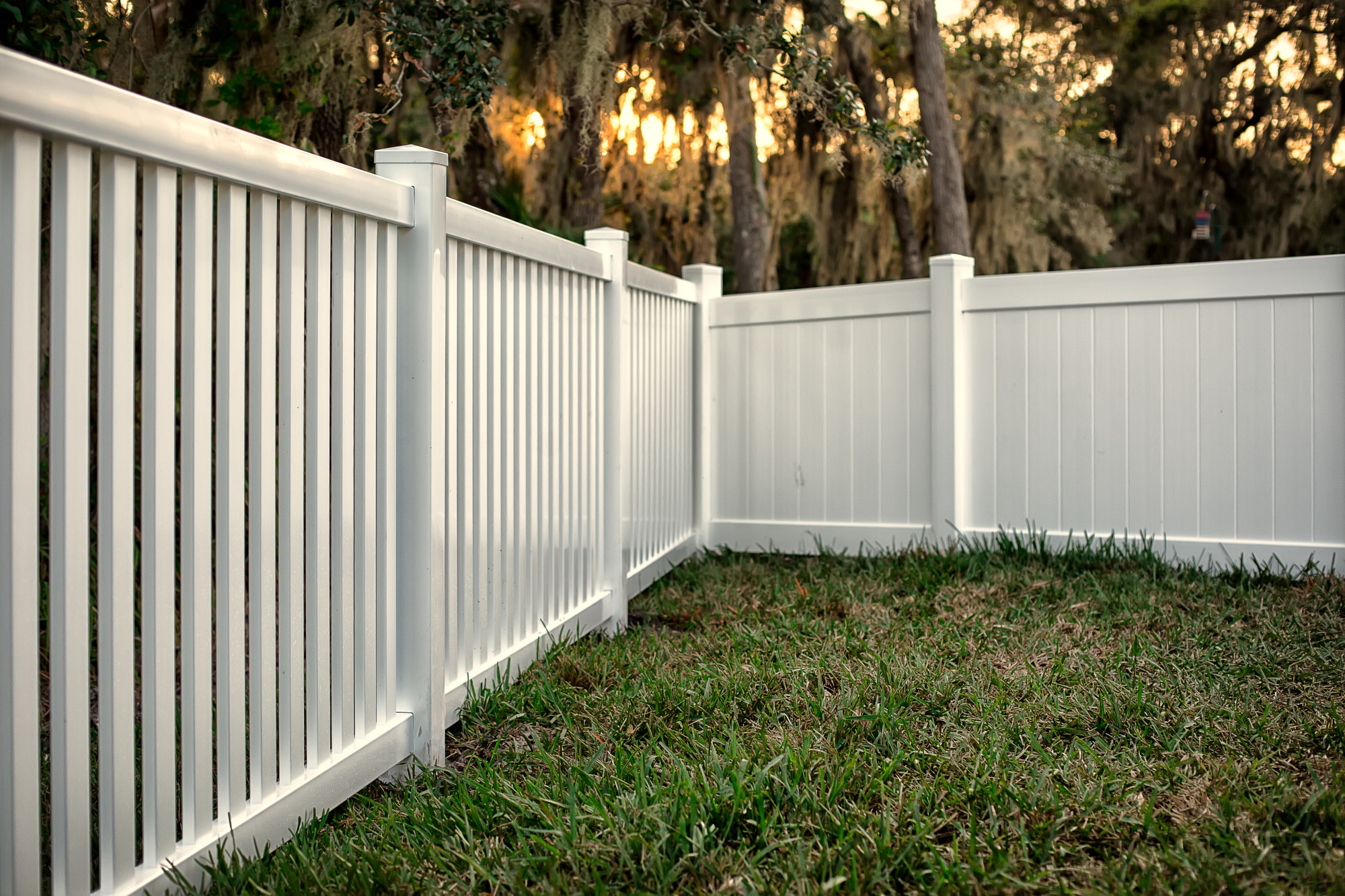 Affordable Fencing Pvc Fence Vs Plastic Fence