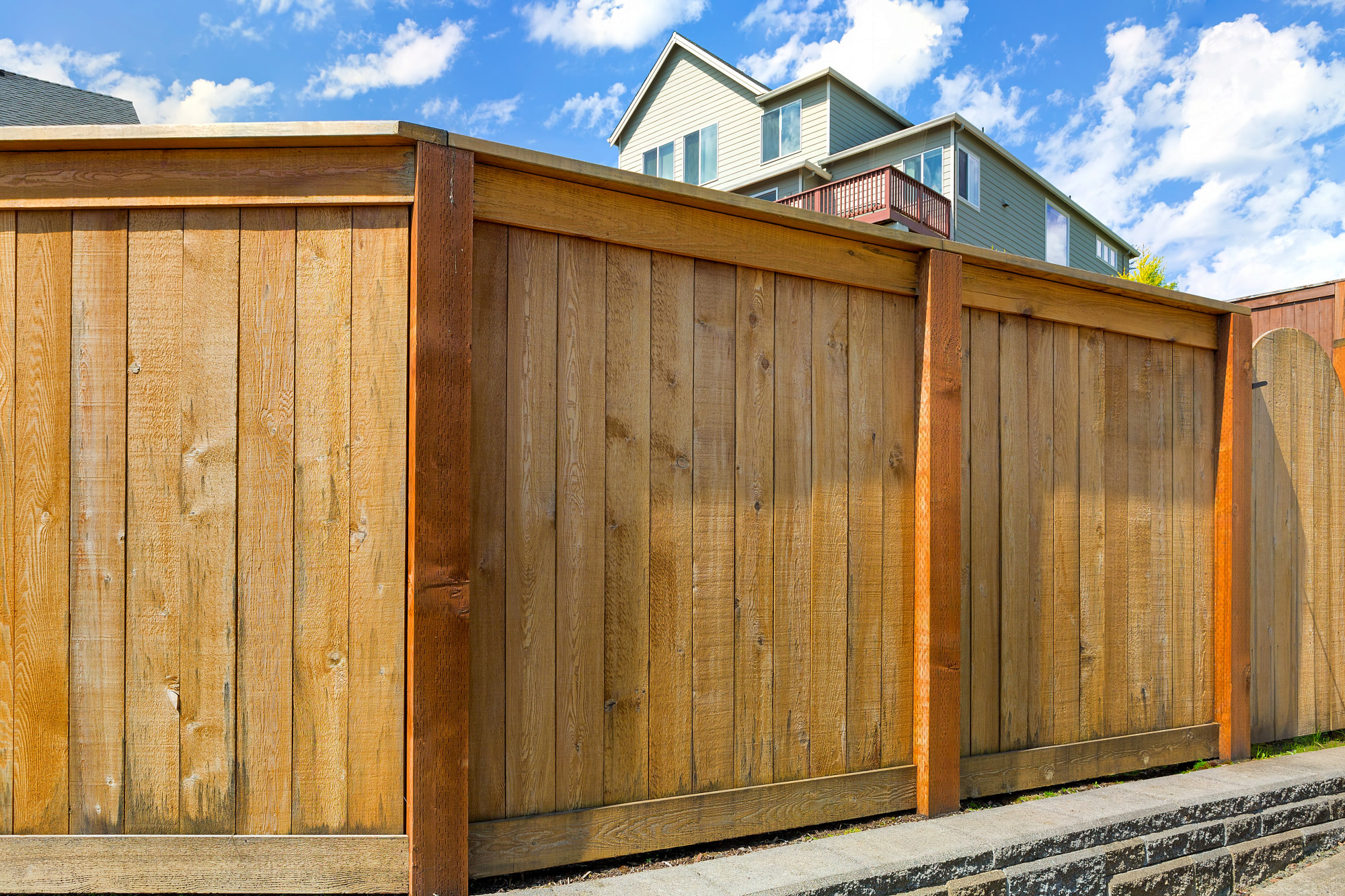 What S The Best Fencing Material For Your Backyard Fence