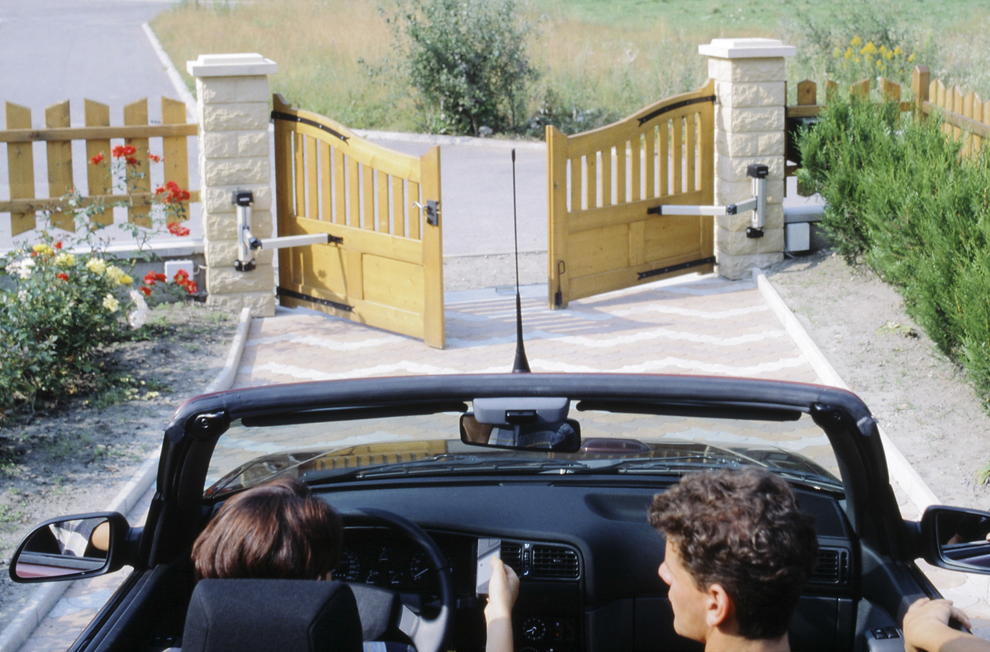 Driveway Gate Ideas For Security